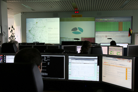 How to build a cheap Security NOC